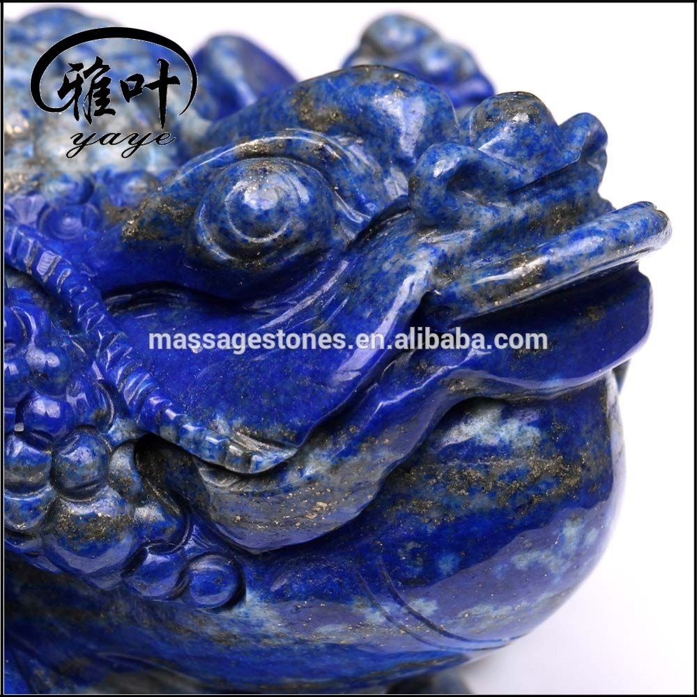 Nature Gemstone Spittor Toad Carving Hand Carved Lapis Lazuli Lucky Frog Animal Statues for Wholesale